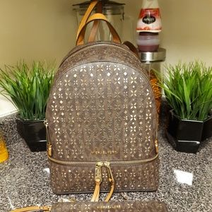 Handbags - Backpack